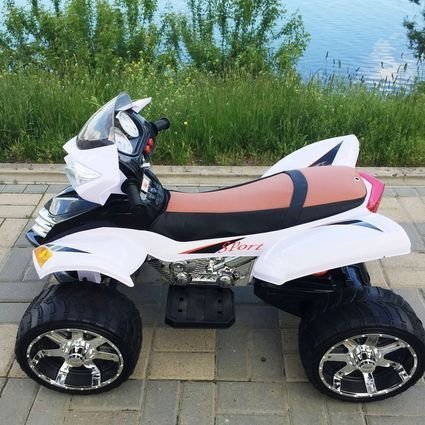 Электроквадроцикл с пультом Quad Pro Sport белый (резиновые колеса, кожа, пульт, музыка)